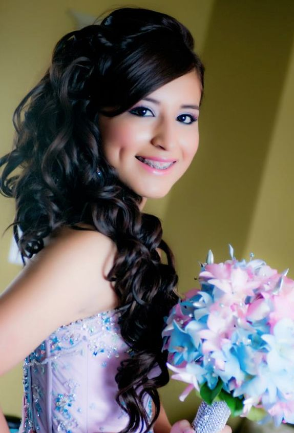 Quinceanera Hairstyle... she is soo pretty!!