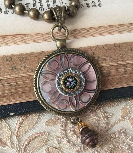 Unique Button Necklace Ideas On Pinterest Cindy Collier Diy - Bright diy layered button necklace