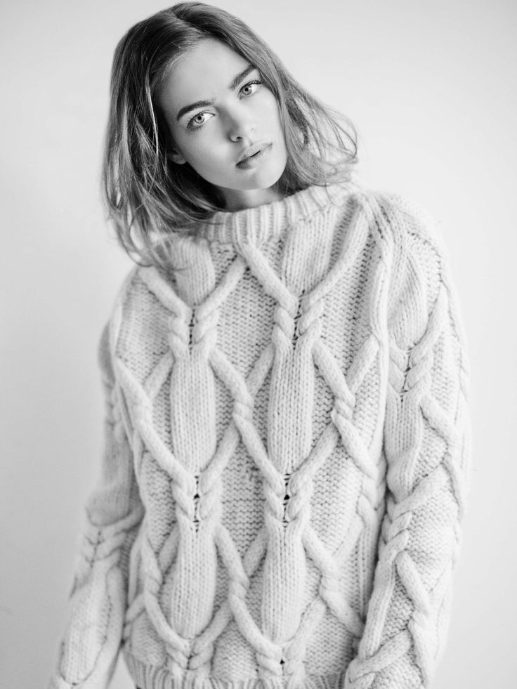 knitGrandeur: Cable-Crossed Arans