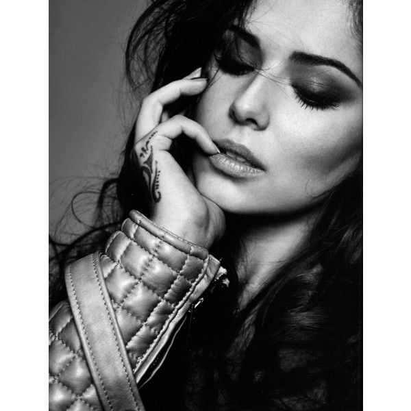 Cheryl Cole ❤ liked on Polyvore featuring cheryl cole, people and bw