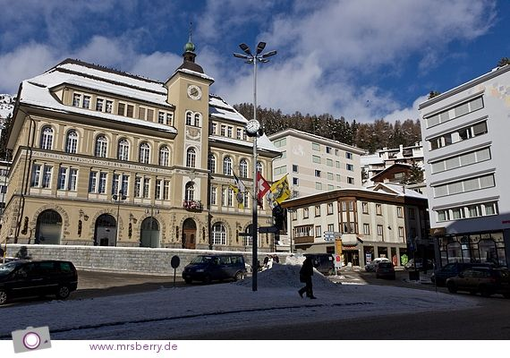 TOP OF THE WORLD - Sankt Moritz Dorf by @Tina #Schweiz