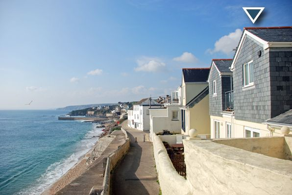 Lovely holiday accommodation in Cornwall, http://www.porthlevenholidays.co.uk/porthleven-self-catering.htm. Pinned from www.followlike.net