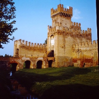 Montagnana (Veneto), Porta Legnago (XIV secolo)  Fonte: David Aminta Tavani