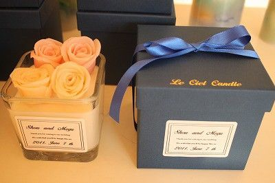 キャンドルカラー:アイボリーボックスカラー:ネイビー(ゴールドでルシエルの箔押し)ボックスサイズ:高さ10.5㎝×幅11.5香り:ローズ(香りはオ...|ハンドメイド、手作り、手仕事品の通販・販売・購入ならCreema。