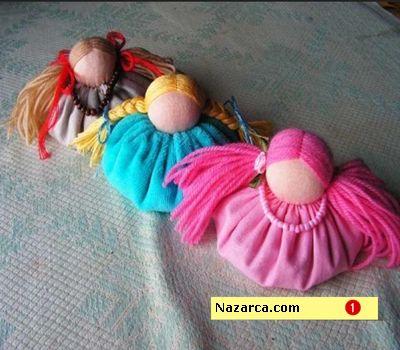 Kumaşlardan küçük şirin kız bebek oyuncakları. Fakat bu oyuncak bebekler biraz farklı bu bebeklere tahıl bebekler ya da kokulu süs biblo bebekler diyebiliriz. Arzu ederseniz sizde kendi fikirlerini...