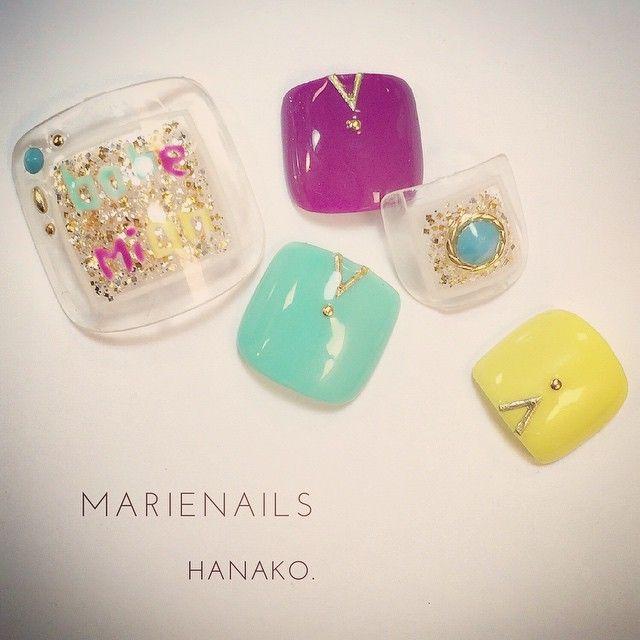 Hanako GotohさんはInstagramを利用しています:「今日発売のNAIL VENUS載ってるよーん。 #Bohemian のサンダルに合わせる#footnail #nail#nails#nailaddict#nailist#nailartwow#nailart#nailpool#nailswag#nailstaglam#instanail#handpaint#naildesin#love#happy#ネイルアート#ネイル#ジェル#ジェルネイル#ネイルデザイン#手描きアート#marienails#マリーネイルズ」