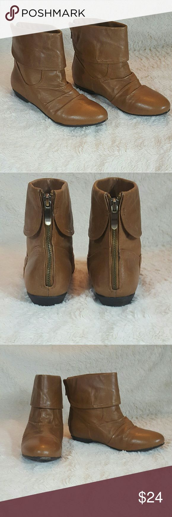 Chinese Laundry Tan Leather Ankle Boots Tan gently used Chinese Laundry ankle boots in great condition.  - Size 8 - Style Z New Life - Leather - Silver zippers on heel - tags on bottom Chinese Laundry Shoes Heeled Boots