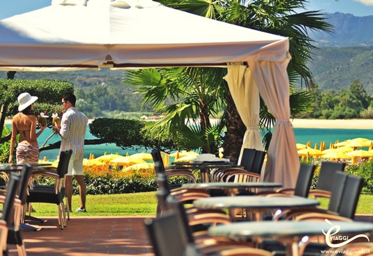 Sardegna Centro, Hotel Club Saraceno:      TU scegli la zona della Sardegna che preferisci (Nord, Centro o Sud), e 7 giorni prima della partenza ti comunichiamo la struttura scelta per te! Per informazioni sulle vacanze 2013 in Sardegna, scrivi una mail a customer@eviaggiweb.it, oppure visita il nostro sito all'indirizzo www.eviaggiweb.it