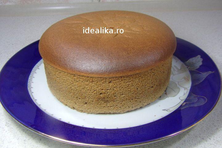 Blat de tort cu ness pufos si extrem de fraged , este unul dintre cele mai bune si frumoase pe care il putem prepara foarte usor, in cuptorul obisnuit