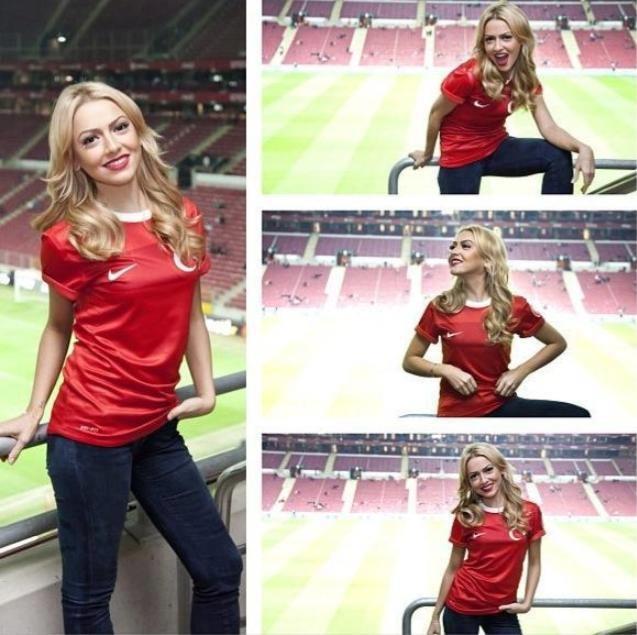 Turkish singer Hadise