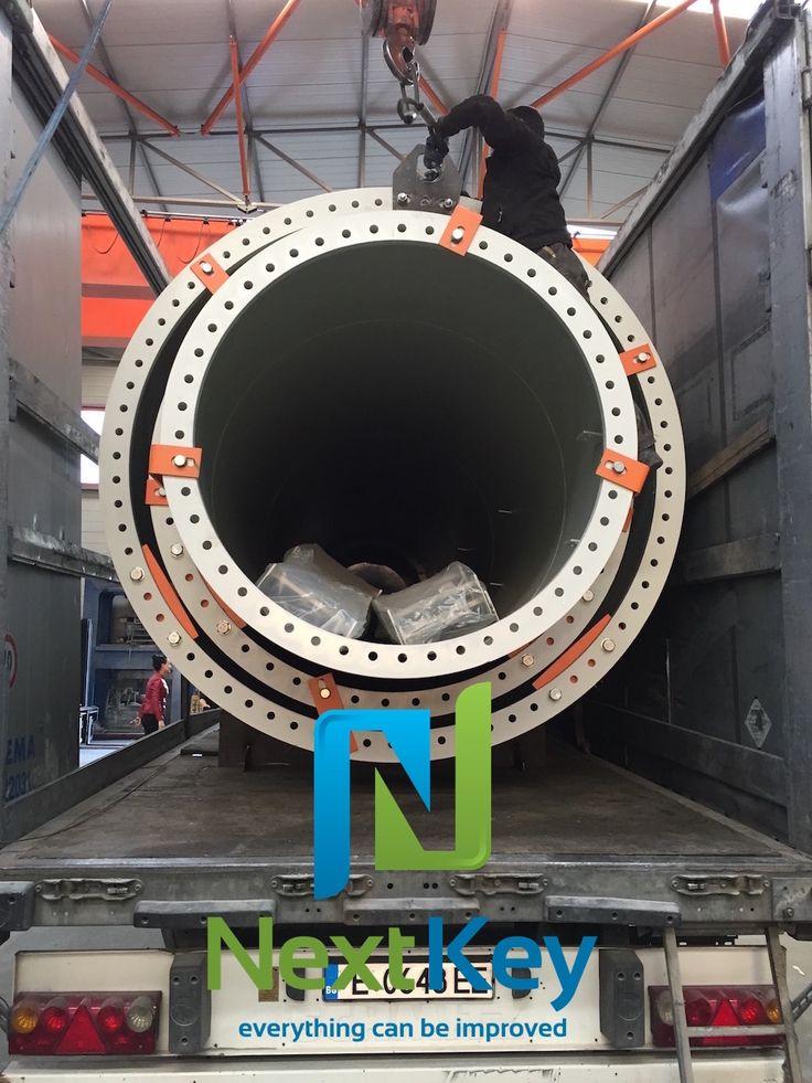 """""""costruzione torri eoliche in acciaio"""" Next Key produce pali per il settore del """"mini eolico"""" con potenze fino a 100 kw. http://www.nextkey.it"""