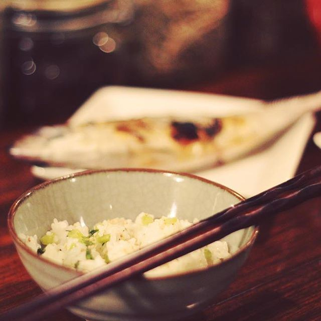 2016/11/13 18:27:05 fukusai こんばんは♪ 今週も始まっていますFUKUSAI DailyDish。  写真は先週の副菜。 大根の菜飯とアジの塩焼きでした。  毎週変わる副菜メニュー。 今週の副菜はなんでしょうね〜♪ #中津#大阪#HOSHIZIRUSHI#FUKUSAI#晩ごはん#大阪カフェ#おでん#健康#野菜#副菜#coffee#お酒  #健康