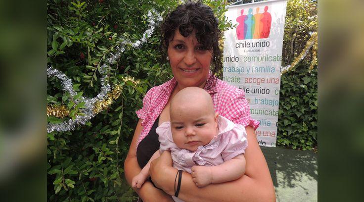 Claudia Peña, de 42 años, trabajaba como administradora en un hotel y ya era madre de tres hijos de 23, 17 y 13 años, cuando se enteró de que estaba embarazada del cuarto. Comenzó a tener crisis de pánico y cayó en una depresión. https://www.aciprensa.com/noticias/chile-madres-celebran-su-si-a-la-vida-y-no-al-aborto-en-navidad-80161/