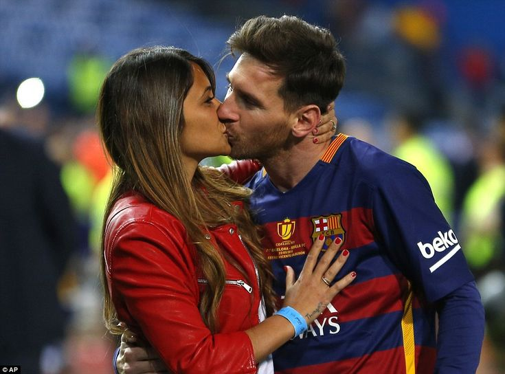 It was another night to celebrate for Messi as he enjoyed a kiss from wife Antonella Roccuzzo on the pitch at the Vicente Calderon