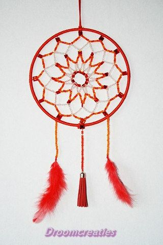 Mandala dreamcatcher no. 5 with beads by Droomcreaties on Etsy, €26.95