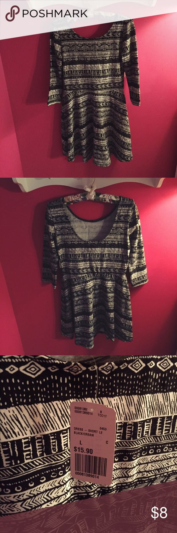 NWT F21 tribal 3/4 sleeve dress!! A fun Aztec inspired dress from F21! Brand new, tags still attached. Scoop neck in the back. Bundle with other F21, AEO, & Aeropostale items for further discount. Forever 21 Dresses Mini