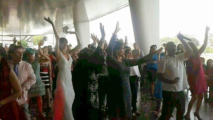 Los invitados a nuestras #bodas son muy serios :)