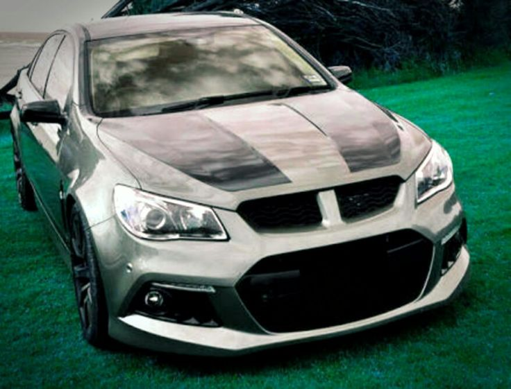 The VF Senator  color upgrade to a matte black and silver GT stripes.