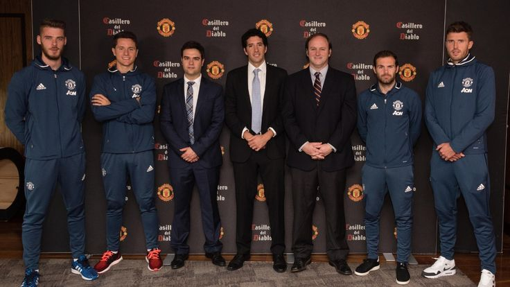 Concha y Toro extend deal with Manchester United - Official Manchester United Website
