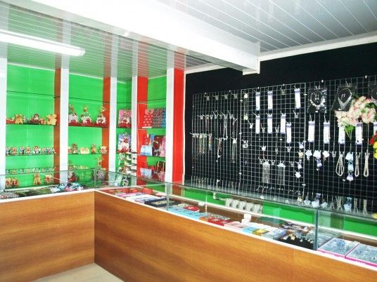 simple small shop ideas - Retail Store Design Ideas