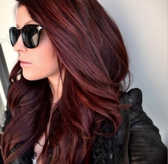 Red hair - this is the perfect shade for winter!