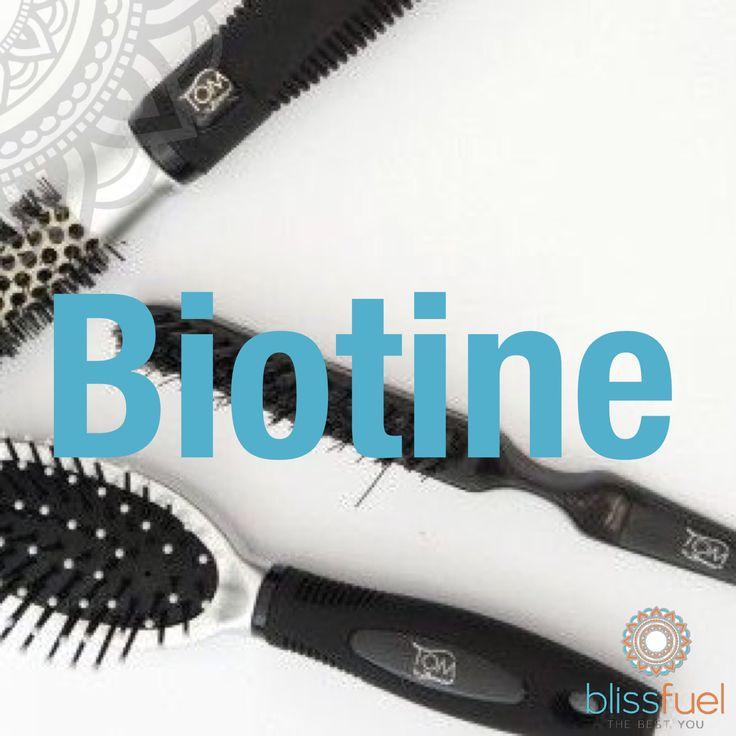 BIOTINE Biotine speelt een cruciale rol in het adequaat functioneren van je immuunsysteem. Voldoende Biotine is goed voor de innerlijke rust en de geestelijke balans. Bovendien ondersteunt het de energiestofwisseling en de werking van het zenuwstelsel. Het is belangrijk voor gezond haar en sterke nagels. Biotine kan het grijs worden van haar en bepaalde vormen van haaruitval tegen gaan.
