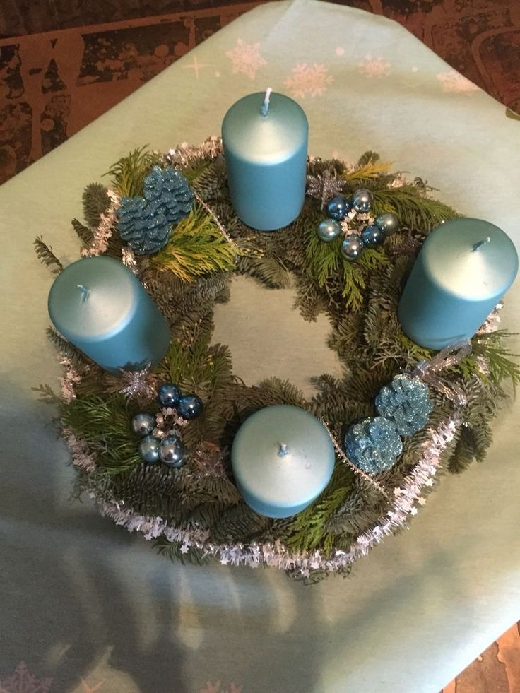 iced blue adventskranz