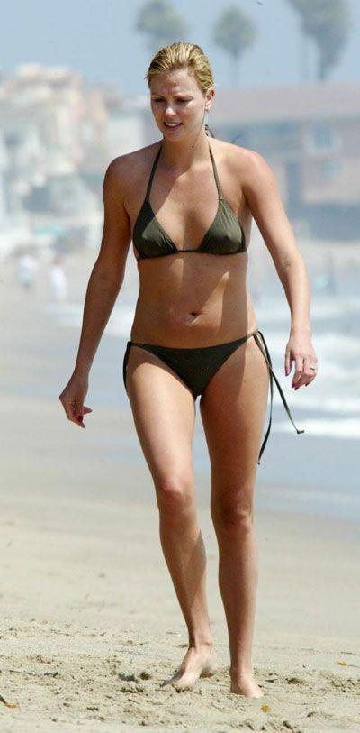 pin   celebrity beach style