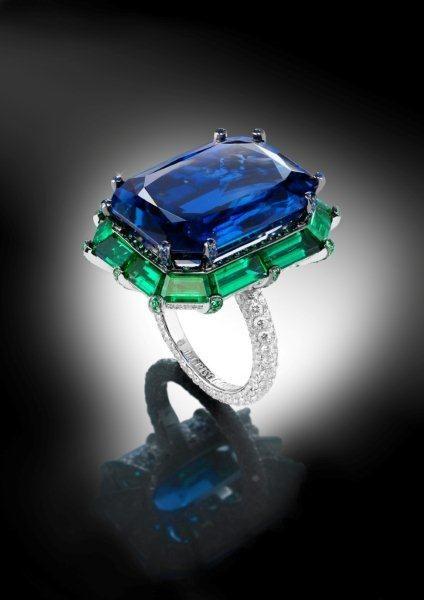 de GRISOGONO sapphire ring