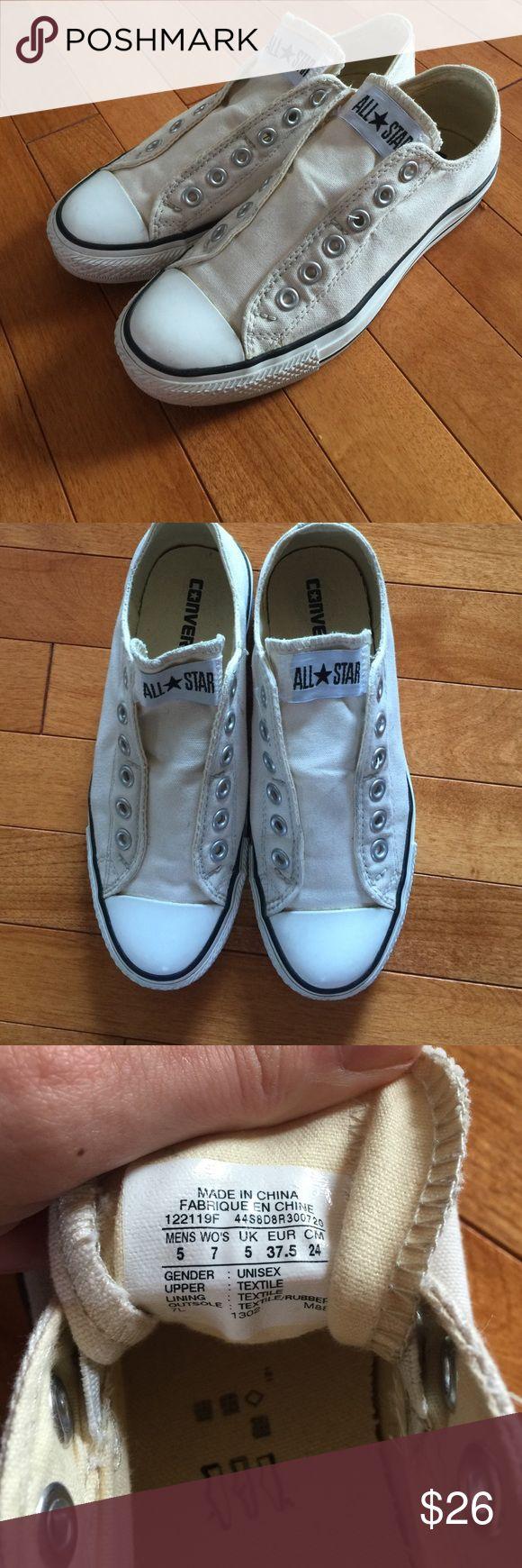 Off white converse! Size 7. Off white converse! Size 7. Unisex! Converse Shoes