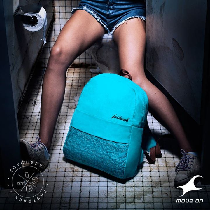 A bag that gets around. http://fastrack.in/products/bags/sku-ac032ntl01/