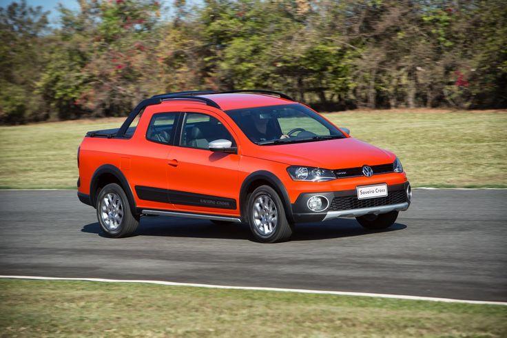"""S P E E D C A L: Volkswagen Saveiro Cabine Dupla é eleita """"Picape do Ano 2015"""" pela Autoesporte."""