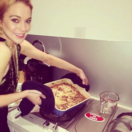 Lindsay's latest role is a casserole!