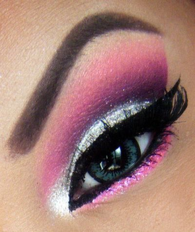 Sweet pink and silver eye