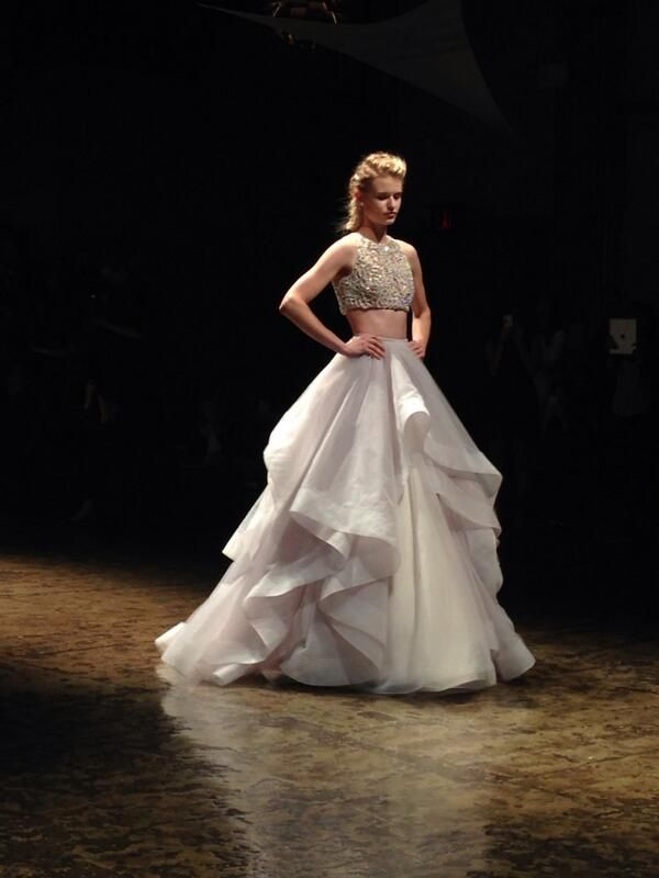 foto de Hayley Paige crop top wedding dress Crop Top Wedding