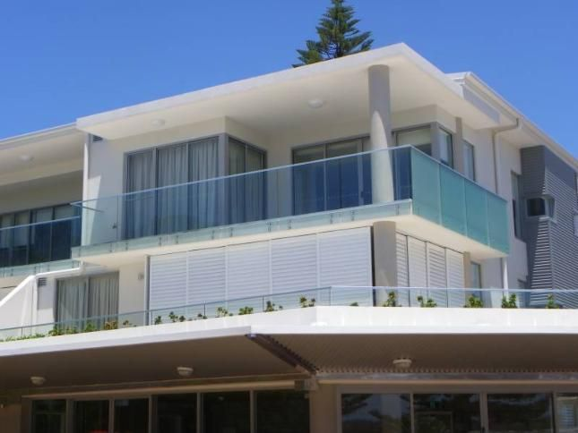 Surfside One Unit 4, a Currimundi Apartment | Stayz