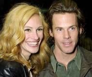 Julia Roberts Net Worth | Julia Roberts biography, net worth, quotes, wiki, assets, cars, homes ... she's deserves real love from a real man you go girl!