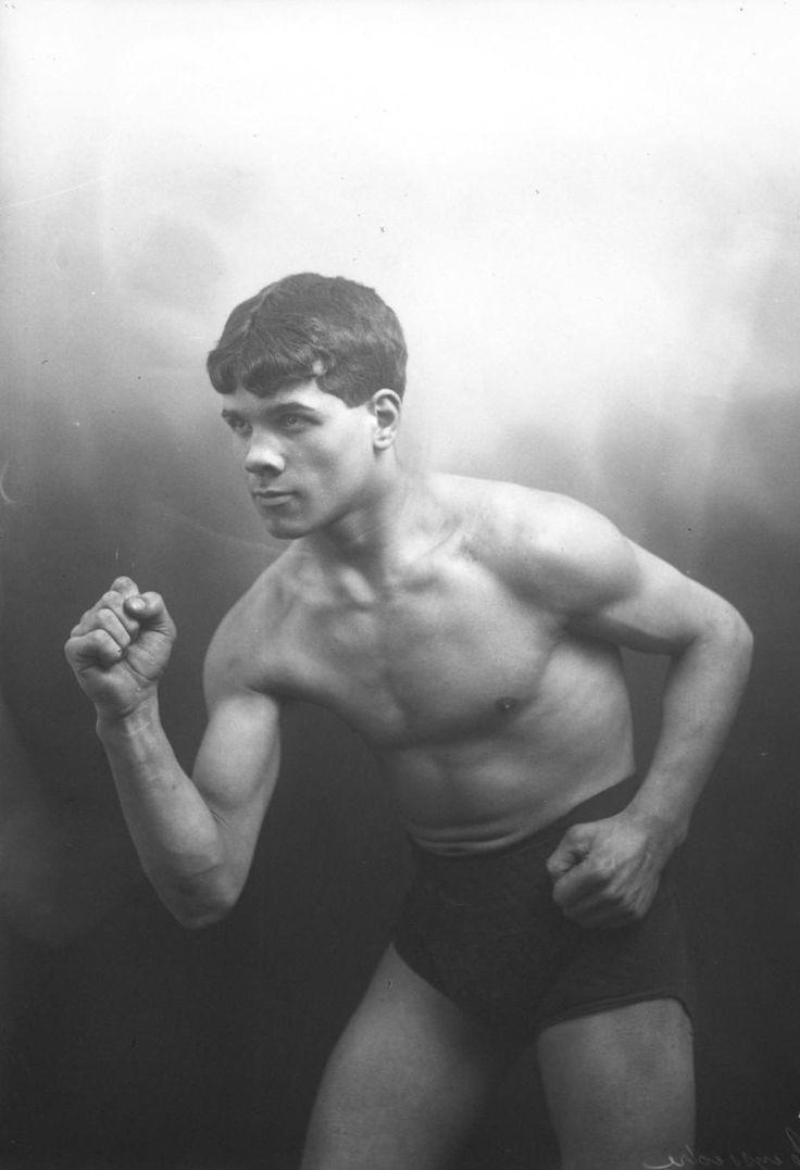 André TEYSSÈDRE (Boxe) en 1912