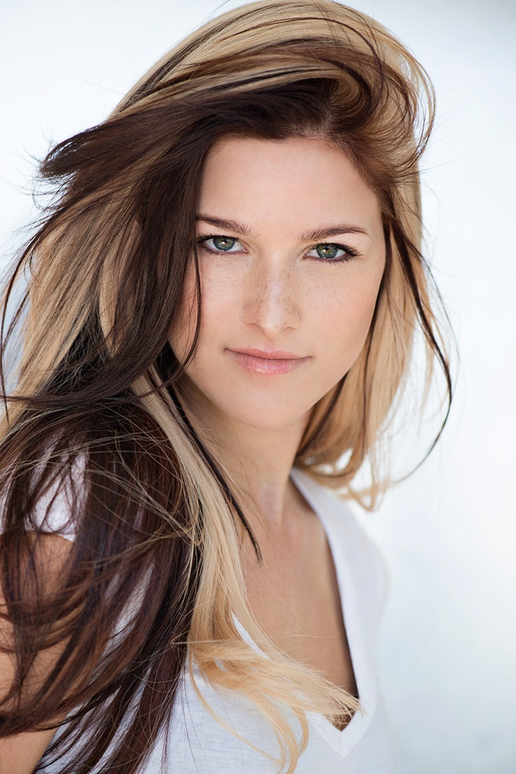 Cassadee Pope ~ I love her hair! I might want to do this for fall !