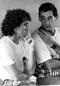 Alain Prost & Ayrton Senna https://www.facebook.com/pages/Ayrton-Senna-Tribute-2014/674310202636141 - movimento - exercício - exercise - atividade física - fitness - corpo - body - beleza - estética - belo - beautiful - esporte - sport - fórmula 1
