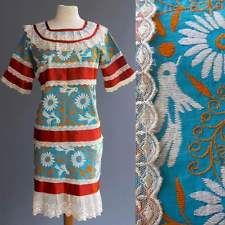 VTG Mexican Wedding Dress Heavily Embroidered Antique Lace Fantastic S M