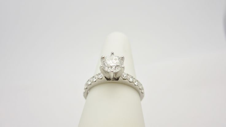 18K 1.35 ctw .75center White Gold Diamond Engagement Ring check out our eBay store stores.ebay.com/newbeginings10