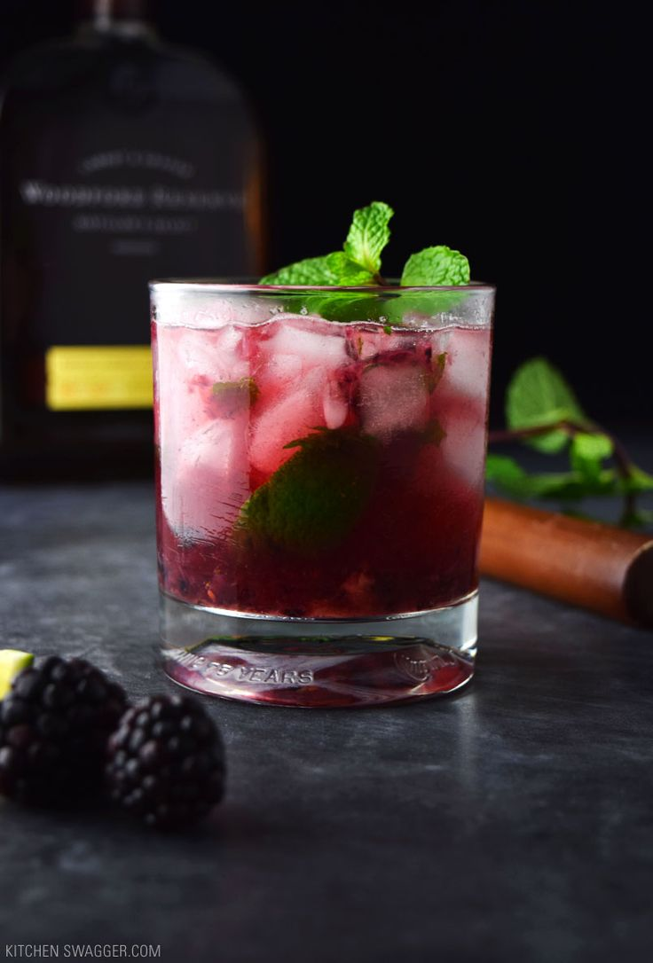 The blackberry bourbon smash is the bourbon drinkers mojito. Fresh muddled lime, blackberries, and mint mixed with bourbon and topped with soda water.
