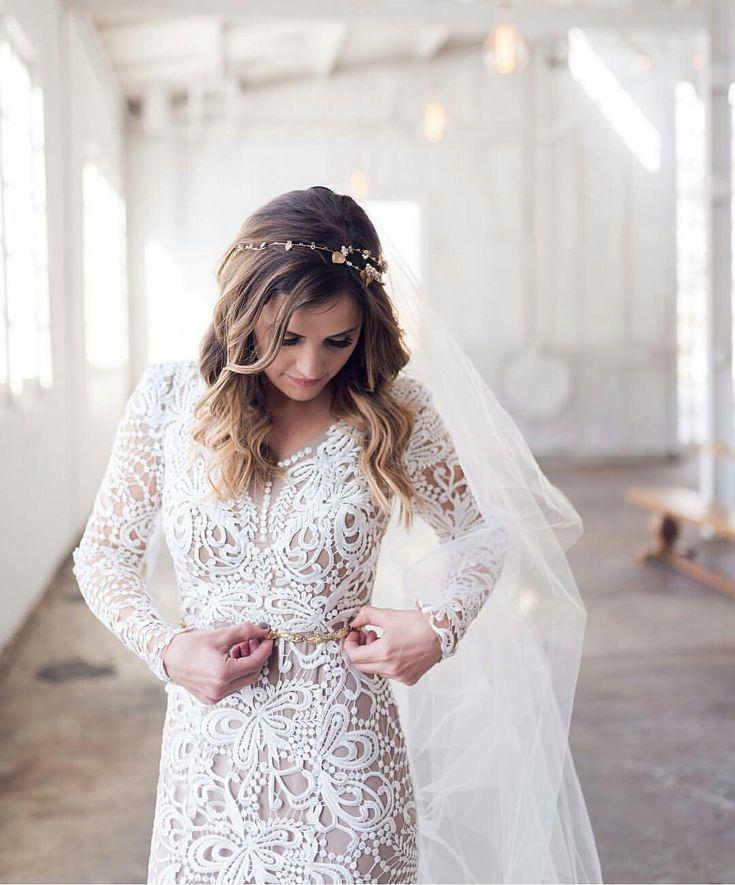Modest Wedding Gowns: Best 25+ Gorgeous Wedding Dress Ideas On Pinterest