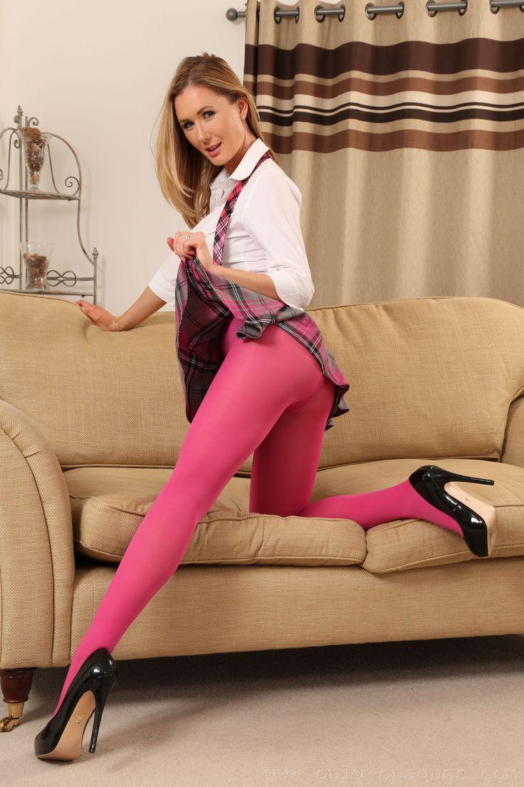 Η τέλεια Lucy Li | www.monoapoel.com Το πορτοκαλί site. Παρασκήνιο, Σχόλια, Ειδήσεις για το ΑΠΟΕΛ