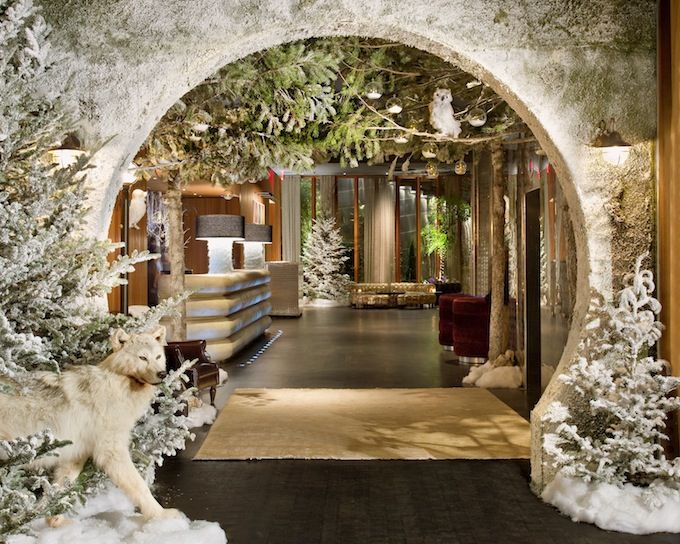 Dream Hotel Downtown - holiday decor http://nonsensesensibility.com/blog/2012/12/holidays-at-the-dream-hotel-downtown/