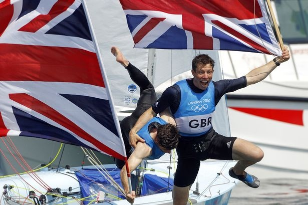 Luke Patience & Stuart Bithell take silver in the men's 470 sailing (Mirror)