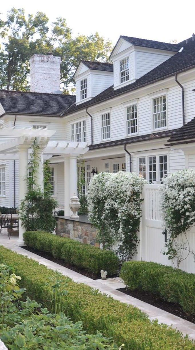 Best 25 home exteriors ideas on pinterest big houses for Beautiful home exteriors