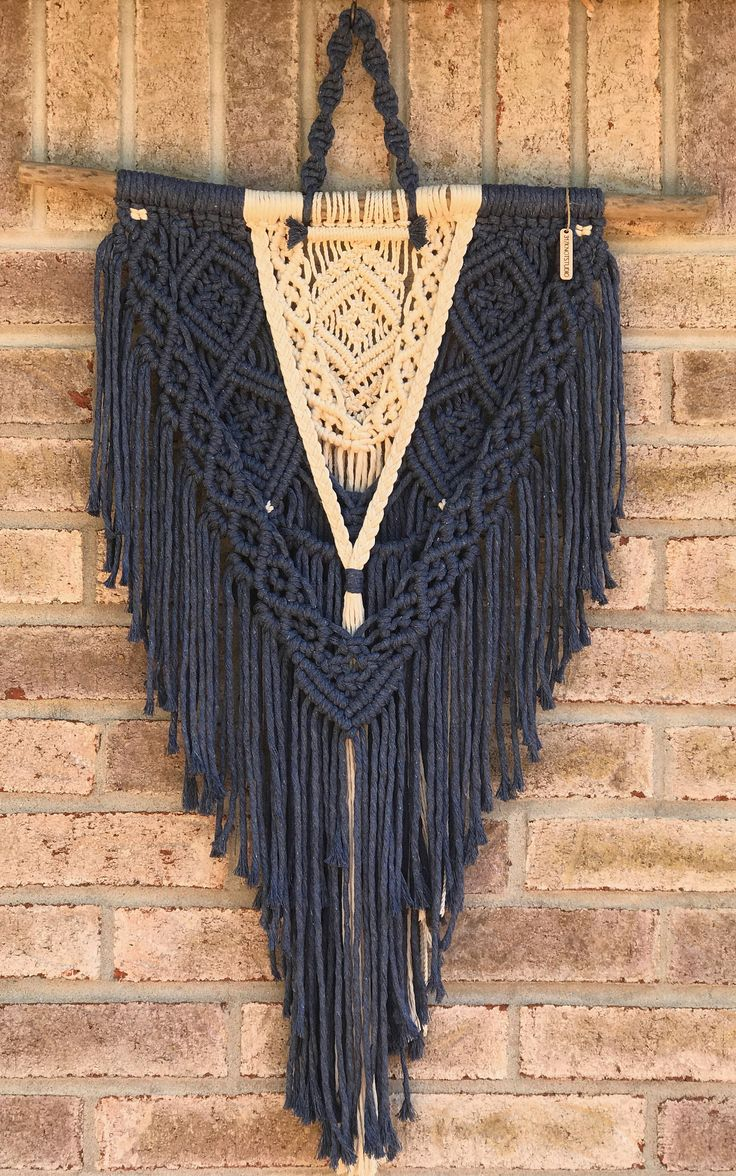 Best 25 Macrame Wall Hangings Ideas On Pinterest Wall