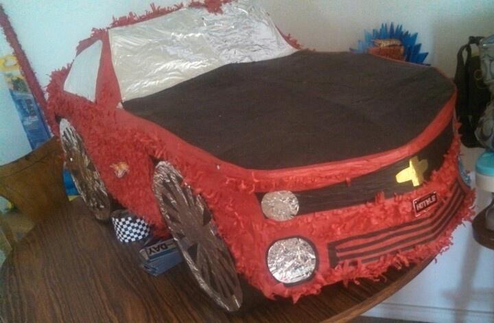 Hot Wheels Camaro Piñata